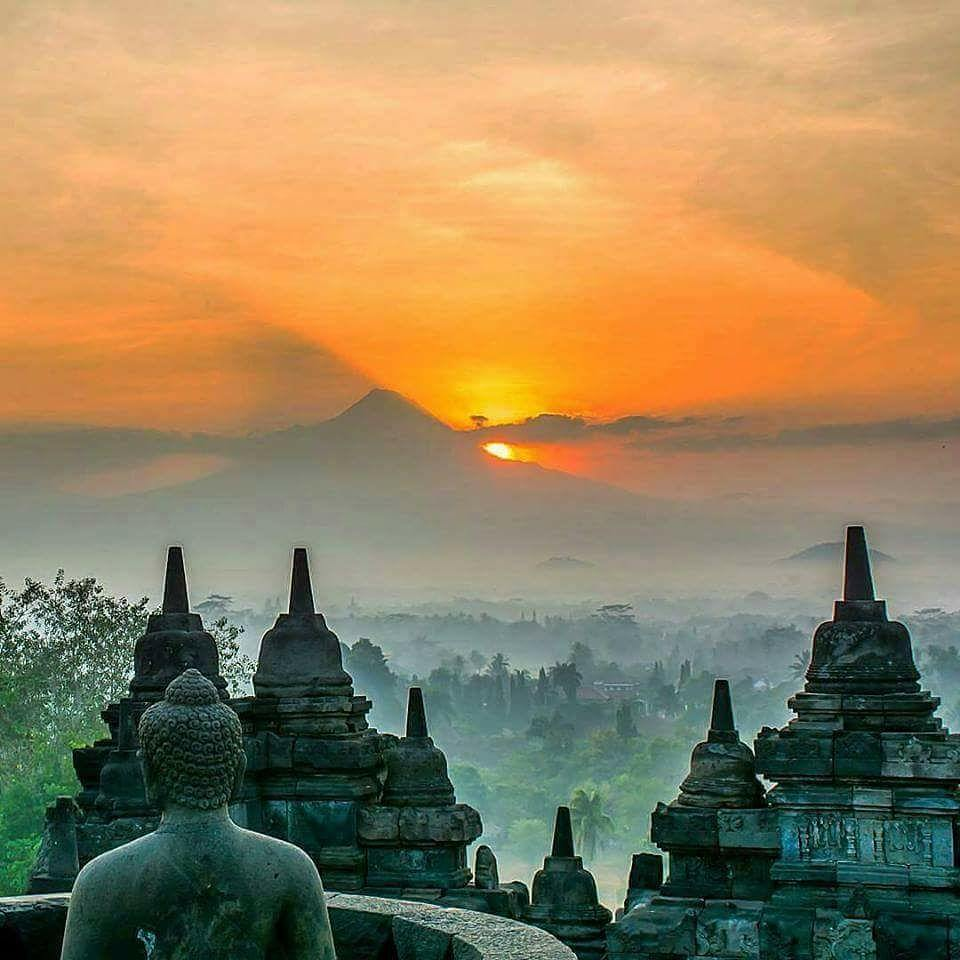 Borobudur-3.jpg