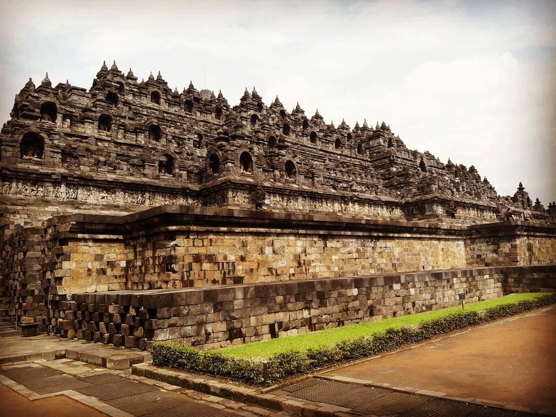 Borobudur-4.jpg