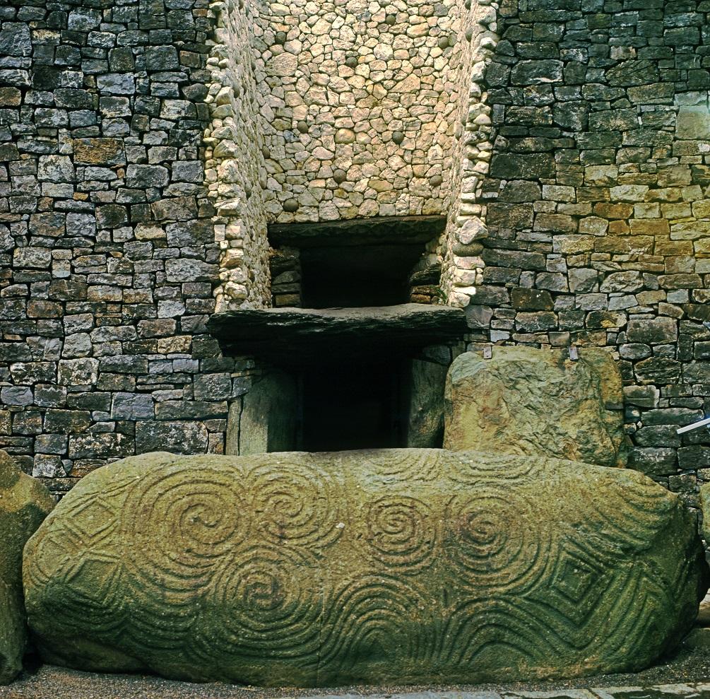 Newgrange-1.jpg