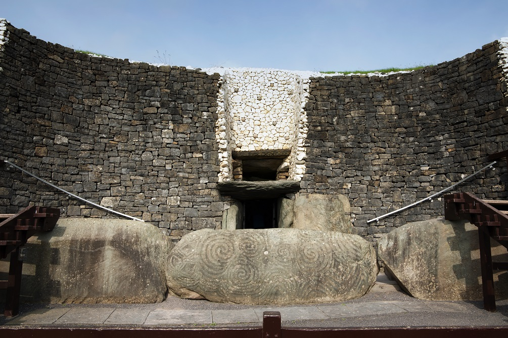 Newgrange-2.jpg