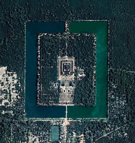 Angkor-vat-satellite.jpg