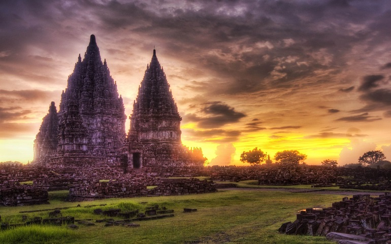 angkor-vat-sunset.jpg
